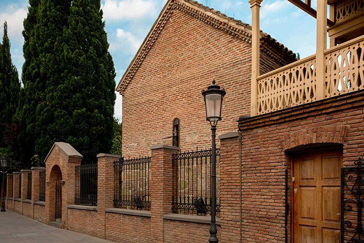 Дворцовая церковь-Карис эклесия